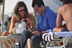 adzZwPsc Ana Beatriz Barros in a bikini in Miami Beach   December 7, 2012   35 HQ candids
