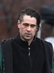 Colin Farrell gets into the East River to shoot scenes for Winters Tale Feb