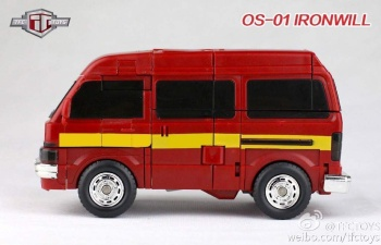 [TFC Toys] Produit Tiers - OS-01 Ironwill (aka Ironhide/Rhino) & OS-03 Medic (aka Ratchet/Mécano) Nxxo9wJa