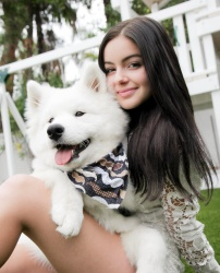 Ariel Winter - Family Portraits
