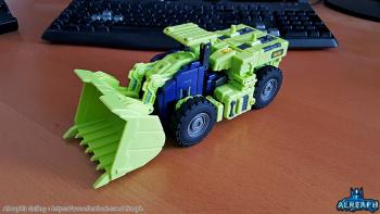 [Toyworld] Produit Tiers - Jouet TW-C Constructor aka Devastator/Dévastateur (Version vert G1 et jaune G2) - Page 6 Tr7AWD8R