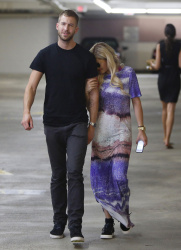Calvin Harris and Rita Ora - out in New York - June 20, 2013 - 24xHQ BEaQbNrs