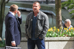 Dominic Purcell on the set of 'Bailout: The Age of Greed' - April 27, 2012 - 17xHQ VFXKn6N0