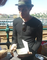 Joseph Morgan - Budapest (Hungary) - April 30, 2012 - 16xHQ 2GllUuIM