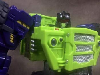 [Toyworld] Produit Tiers - Jouet TW-C Constructor aka Devastator/Dévastateur (Version vert G1 et jaune G2) - Page 7 GOzhodGw