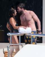 Nina Dobrev and Asustin Stowell enjoy the ocean off the cost the French Riviera (July 26) 6JEx0Teh