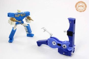 [KFC Toys] Produit Tiers - Jouet Transistor (aka Blaster/Tempo) + DoubleDeck (Twincast) + Fader (aka Eject/Éjecteur) + Rover (aka Autoscout) - Page 2 Hpkf72hy
