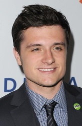 Josh Hutcherson 23rd Annual GLAAD Media Awards Red carptet