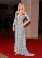 Dakota Fanning / Michael Sheen - Imagenes/Videos de Paparazzi / Estudio/ Eventos etc. - Página 5 AayPVDhV