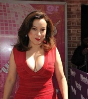 "Jennifer Tilly - Leaving ""The Wendy Williams Show"""