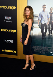Maria Menounos - Entourage premiere in Westwood 06/01/15