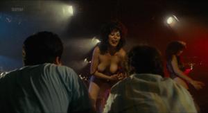 Kim Cattrall, Kaki Hunter, Pat Lee &more @ Porky's (US 1981) [HD 1080p] Ym5cLRRQ