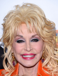 Dolly Parton - Dolly Parton's Coat Of Many Colors Premiere @ the Egyptian Theatre in Hollywood - 12/02/15