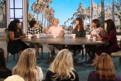 Jenna Elfman - The Talk: April 4th 2017