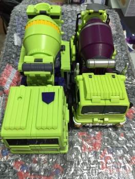 [Toyworld] Produit Tiers - Jouet TW-C Constructor aka Devastator/Dévastateur (Version vert G1 et jaune G2) - Page 5 2yFv75hv