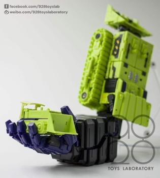 [Toyworld] Produit Tiers - Jouet TW-C Constructor aka Devastator/Dévastateur (Version vert G1 et jaune G2) - Page 3 X7N1AdCn