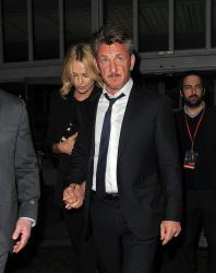 Sean Penn - Charlize Theron and Sean Penn - seen leaving Royal Festival Hall. London - February 16, 2015 (153xHQ) LDdiHM5N