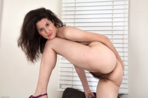 Name: Natural Unshaven Pussy Girls 16.02