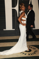 """Keke Palmer """"2015 Vanity Fair Oscar Party hosted by Graydon Carter at Wallis Annenberg Center for the Performing Arts in Beverly Hills"""" (22.02.2015) 21x E2UNv0bP"""