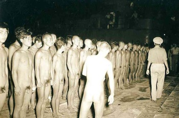 Soldiers Naked 72
