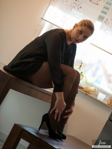 Tags: Tights, Stocking, Pantyhose, Nylon, Fetish, Mature, Milf