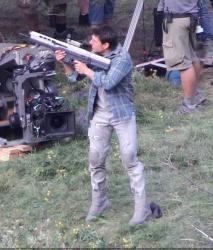 Tom Cruise - on the set of 'Oblivion' in Mammoth Lakes, California - July 11, 2012 - 18xHQ YA6kWyfR