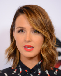 Camilla Luddington - Disney ABC Television Group's 2015 TCA Summer Press Tour @ Beverly Hilton Hotel in Beverly Hills - 08/04/15