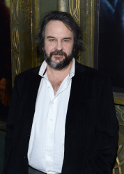 Peter Jackson - 'The Hobbit An Unexpected Journey' New York Premiere benefiting AFI at Ziegfeld Theater in New York - December 6, 2012 - 18xHQ 8BexTED9
