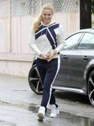 Lindsey Vonn - Out in Beverly Hills 12/21/16