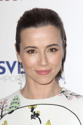 Linda Cardellini - Welcome To Me Premiere @ the Sunshine Landmark in NYC - 04/29/15