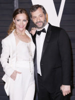 """Leslie Mann """"2015 Vanity Fair Oscar Party hosted by Graydon Carter at Wallis Annenberg Center for the Performing Arts in Beverly Hills"""" (22.02.2015) 126x  ZPGBrone"""