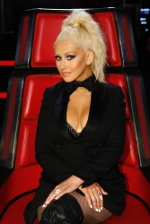 "Christina Aguilera - ""The Voice"" Season Ten Promos"
