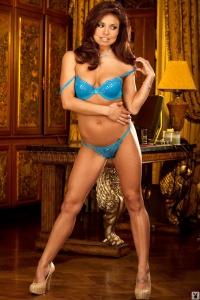 Byh4X8aM Cassandra Leigh Sexywives 04