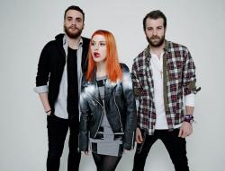 Paramore (Hayley Williams,  Jeremy Davis, Taylor York) - Chris McAndrew Photoshoot for The Guardian (February, 2013) - 35xHQ R7lo3CRV