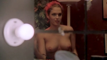 Petite cute amanda righetti nude pic sports