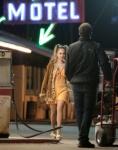 Джуно Темпл, фото 22. Juno Temple 2012-07-27 - On Set of Truck Stop in Palmdale, foto 22