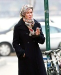 Uma Thurman Goes for a smoke break in New York January 1-2016 x8