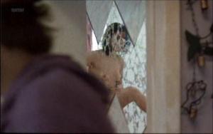 Maria Conchita  Alonso @ Caught (US 1996)  HHjrv0dR