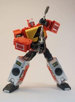 [KFC Toys] Produit Tiers - Jouet Transistor (aka Blaster/Tempo) + DoubleDeck (Twincast) + Fader (aka Eject/Éjecteur) + Rover (aka Autoscout) - Page 2 CEvnzdmY