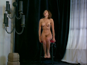Kari Wuhrer @ Vivid (aka Luscious) (US 1997)  WDUKU5kK