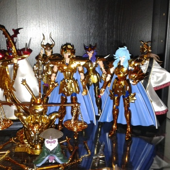 Saint seiya myth cloth ex gold lotto 12 cavalieri d'oro + pandorabox + sacerdoti
