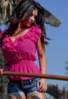 Дениз Милани, фото 5818. Denise Milani Out In Pink :, foto 5818