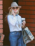 Reese Witherspoon was spotted at Toscana in Brentwood - February 5-2016 x19