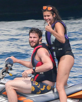 Nina Dobrev and Asustin Stowell enjoy the ocean off the cost the French Riviera (July 26) 59Gf2o6Y