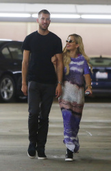 Calvin Harris and Rita Ora - out in New York - June 20, 2013 - 24xHQ FoFHfwPm