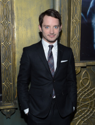 Elijah Wood - 'The Hobbit An Unexpected Journey' New York Premiere benefiting AFI at Ziegfeld Theater in New York - December 6, 2012 - 18xHQ YMCvqATy