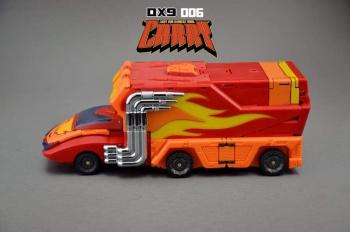 [DX9 Toys] Produit Tiers - Jouet D-06 Carry aka Rodimus et D-06T Terror aka Black Rodimus T7OnJRN2