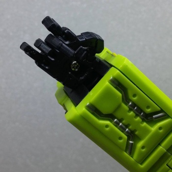 [Toyworld] Produit Tiers - Jouet TW-C Constructor aka Devastator/Dévastateur (Version vert G1 et jaune G2) - Page 3 MGgtdMxX