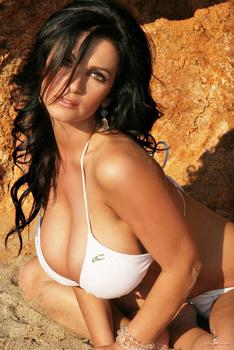 Дениз Милани, фото 4467. Denise Milani White Bikini (From Her Old Website), foto 4467