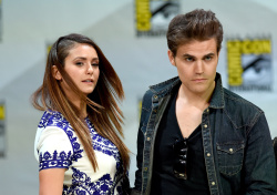 Paul Wesley - Ian Somerhalder,   Nina Dobrev,  Paul Wesley,  Katerina Graham,  Matthew Davis - 'The Vampire Diaries' panel during Comic-Con International 2014 at San Diego Convention Center in San Diego (July 26, 2014) - 101xHQ ViKowCOn